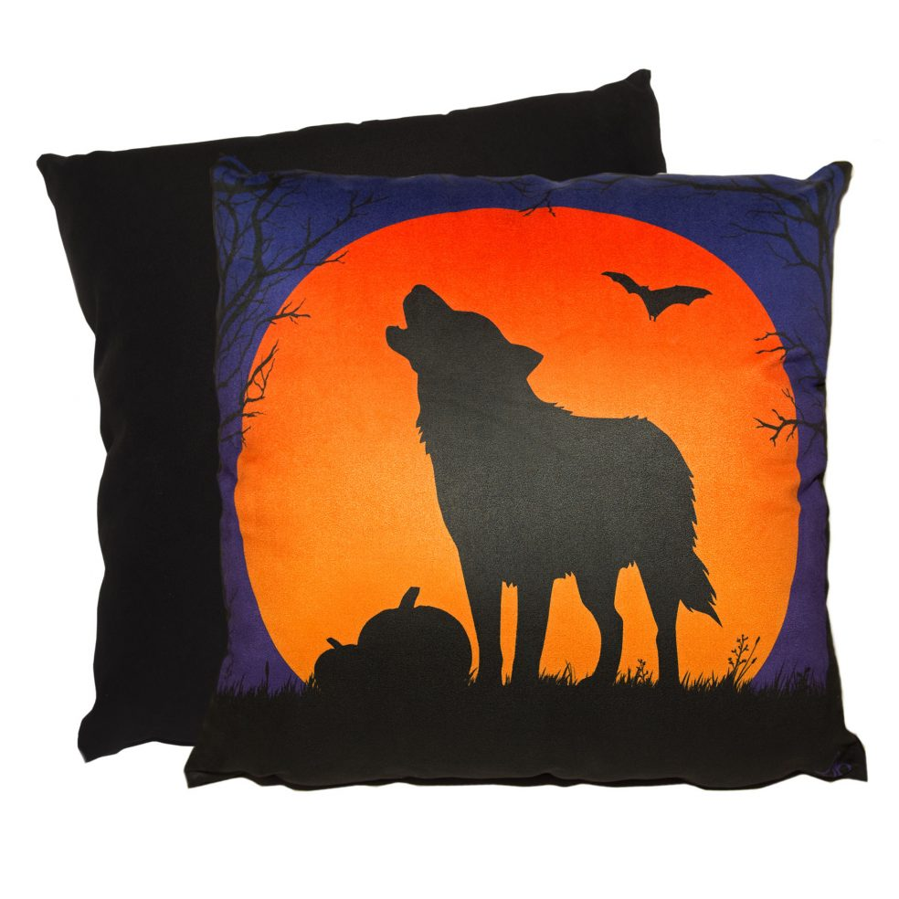 howling husky wolf cushion