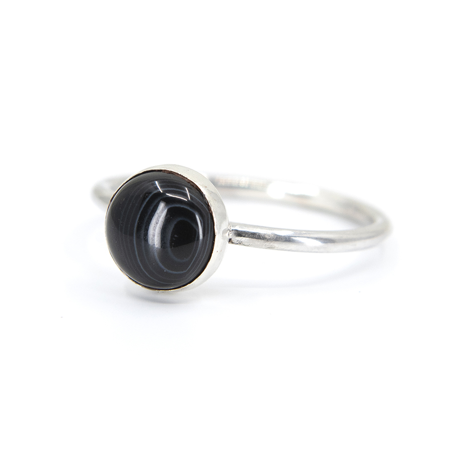 WEB banded onyx ring b
