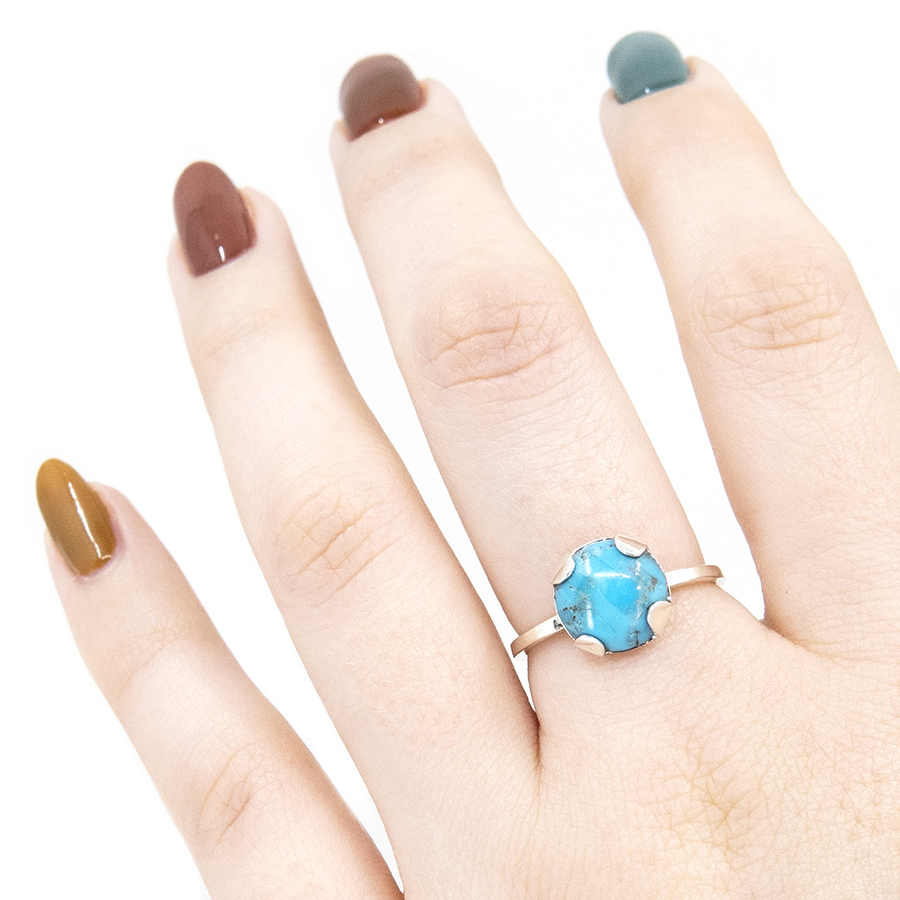 WEB turquoise tabbed ring hand