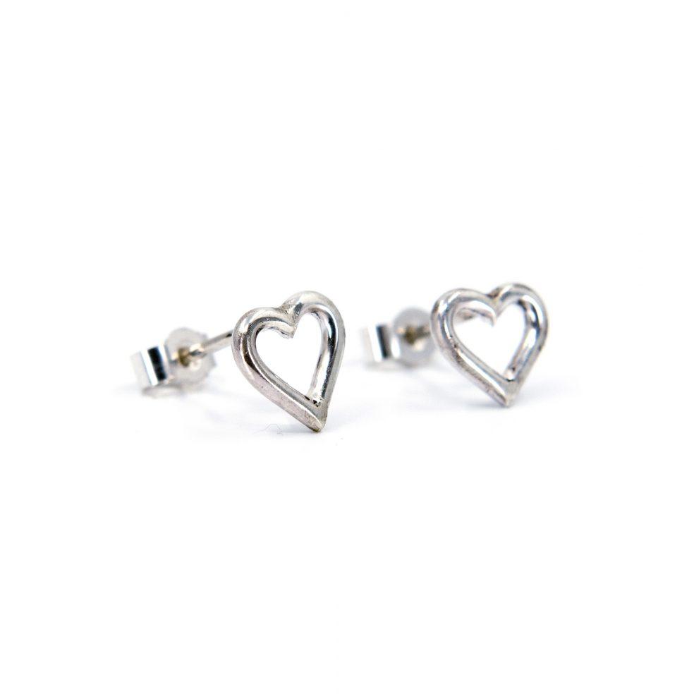WEB  wire heart studs